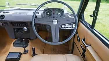 Old Range Rover Velar - dash