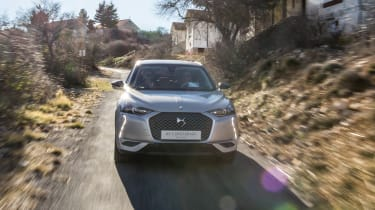DS 3 Crossback E-Tense - full front action