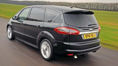Ford S-MAX 2.0 TDCi Titanium rear tracking