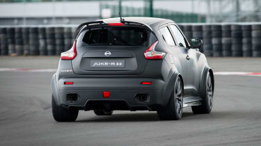 Nissan Juke-R 2.0 - rear action