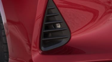 Lexus RC vent