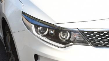 Kia Optima 2016 - headlight