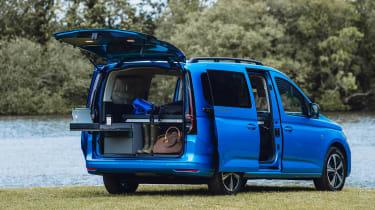 Volkswagen Caddy California MPV - rear