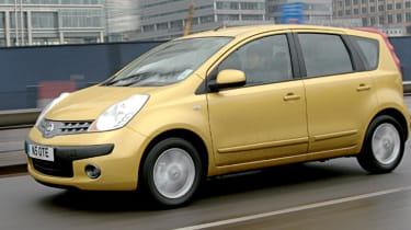 Side view of Nissan Note