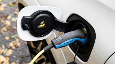 Volvo S60 Polestar Engineered - charging