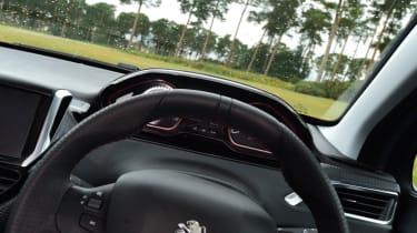Peugeot 2008 - steering wheel