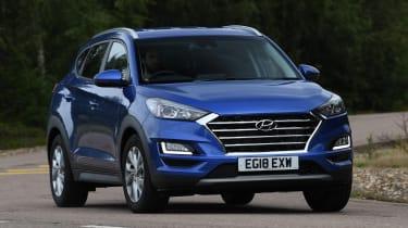Hyundai Tucson - front cornering