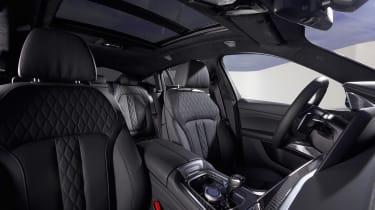 BMW X6 - front seats