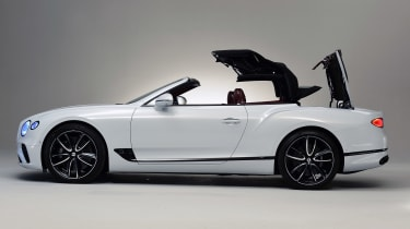 Bentley Continental GTC - studio side roof closing