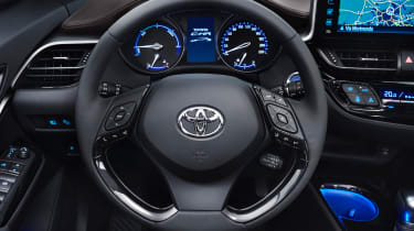 Toyota C-HR - steering wheel