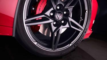 Chevrolet Corvette - wheel