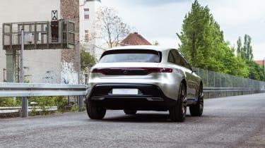 Mercedes EQ Concept - rear tracking