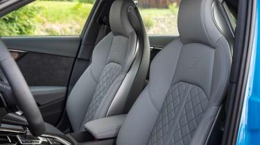 2019 Audi S4 saloon front seats