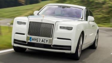 Rolls-Royce Phantom - slight corner action