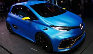 Renault ZOE e-sport 2017 - Geneva front quarter