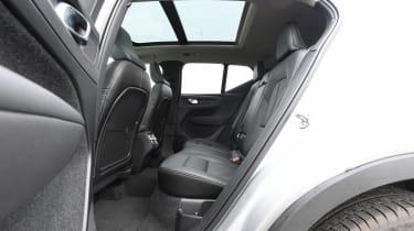Volvo XC40 T4 - rear seats