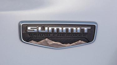 Jeep Grand Cherokee Summit - Summit badge