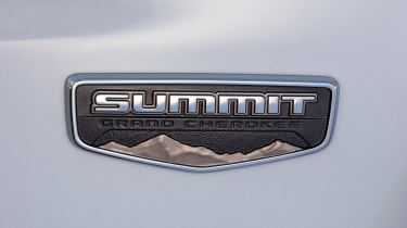 Jeep Grand Cherokee Summit - Summit badge