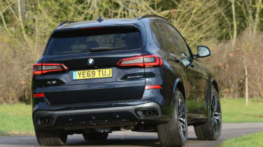 BMW X5 xDrive45e - rear