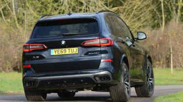 BMW X5 xDrive45e - rear