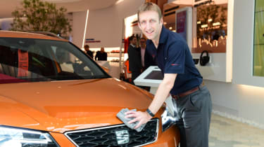 The new way of buying a car - Richard Harrison