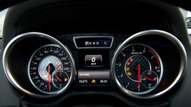 Mercedes-AMG G63 Edition 463 - dials