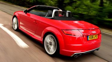 Audi TTS Roadster 2016 - rear tracking