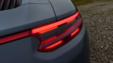 Porsche 911 Carrera 4 GTS - rear light