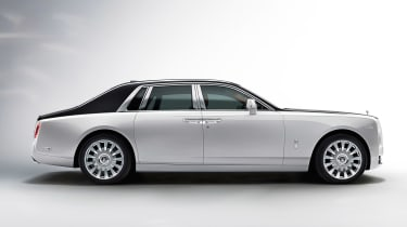 Rolls-Royce Phantom - side