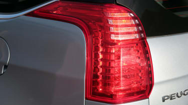 Used Peugeot 5008 - rear light