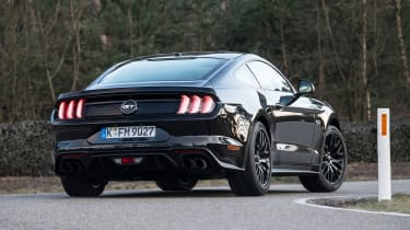 Ford Mustang 10-speed auto - rear cornering