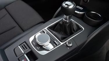 Audi A3 Sportback 2.0 TDI - centre console