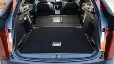 Peugeot 3008 - boot seats down