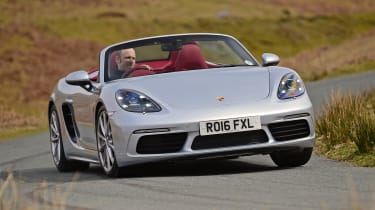 New Porsche 718 Boxster 2016 - front cornering 2
