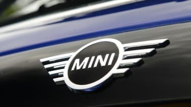 MINI Cooper - rear badge