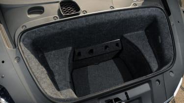 Audi R8 Spyder 4.2 FSI boot
