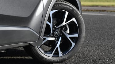 Toyota C-HR -wheel