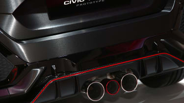 Honda Civic Type R 2017 concept - Paris exhaust