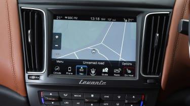 Maserati Levante - sat-nav