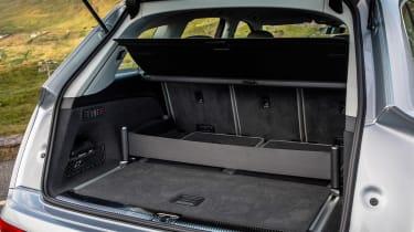 Audi Q7 - boot side
