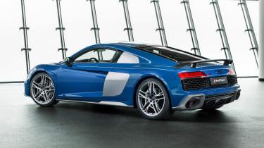 Audi R8 - studio rear