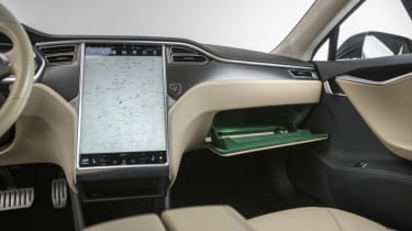 Tesla Model S Shooting Brake estate infotainment screen