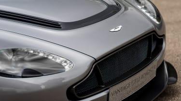 Aston Martin Vantage GT12 Roadster - front
