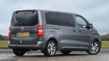 Peugeot Traveller 2017 - rear quarter