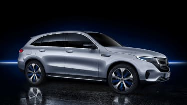 Mercedes EQC - front studio