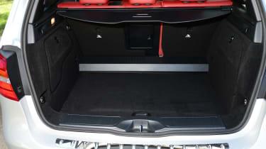 Mercedes B220 CDI 4MATIC Sport - boot seats up