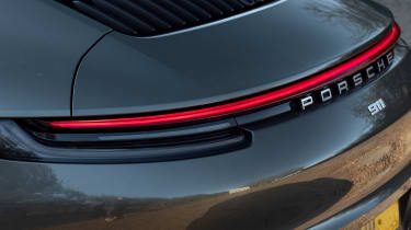Porsche 911 Carrera - rear light