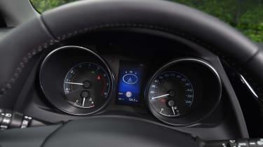 New Toyota Auris 2015 dials