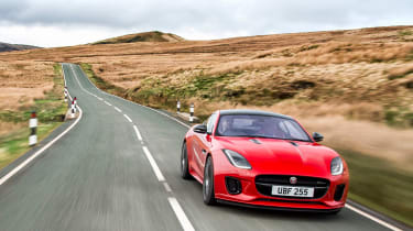 Jaguar F-Type 2.0 T driving