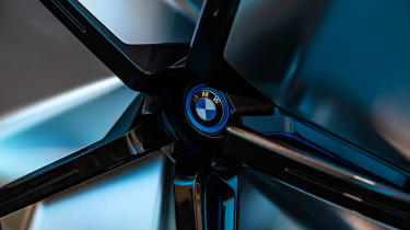 BMW Vision iNEXT concept - wheel
